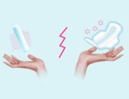 Fotografie cu două mâini cu un tampon intern în stânga şi un tampon extern în dreapta. Imaginea ilustrează diferitele beneficii ale acestor produse.